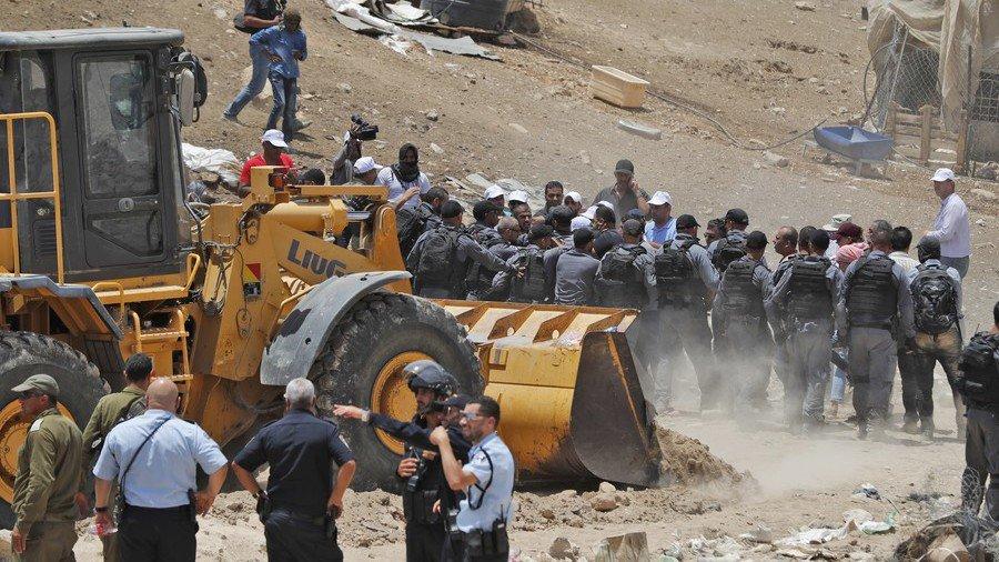 8 EU states urge #Israel govt to reconsider Bedouin village demolition  https://t.co/v1lG57wh9t https://t.co/75be3kmbNs