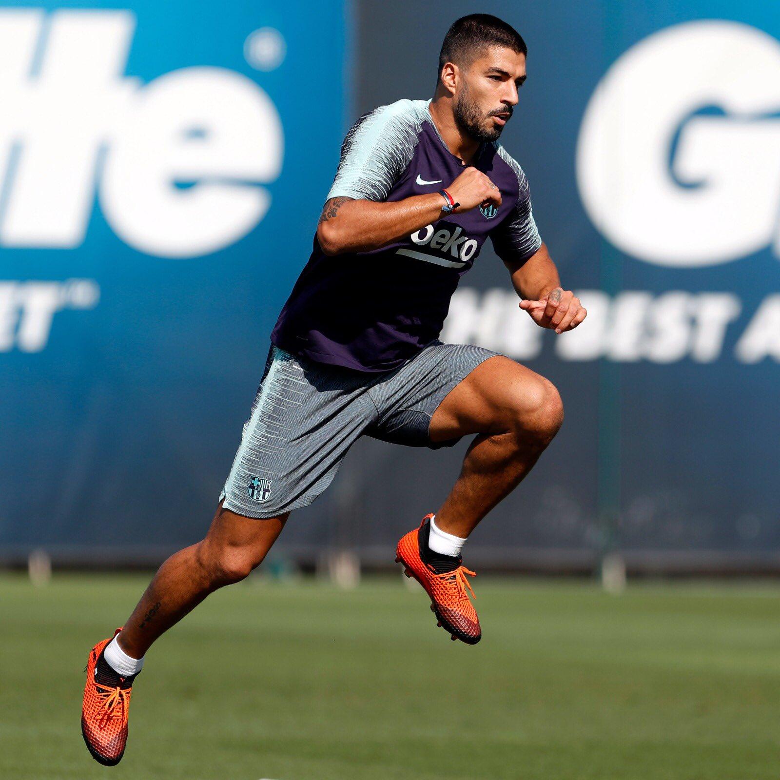 تدريبات مكثفة في برشلونة استعداداً لمباراة الأحد ضد جيرونا 21-09-2018 DnnarXKUUAAmTI6