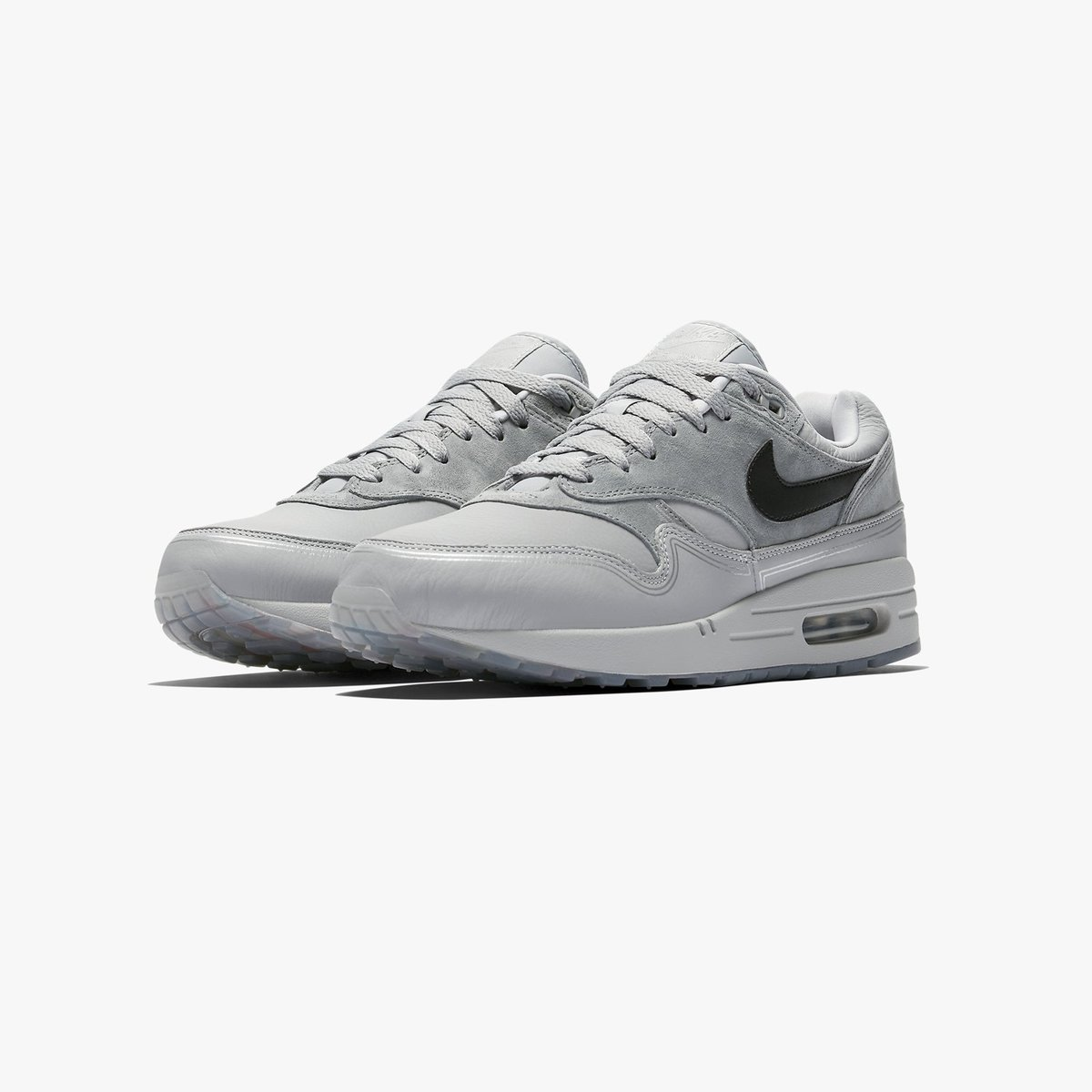 fc3b78ea79cd The Nike Air Max 1