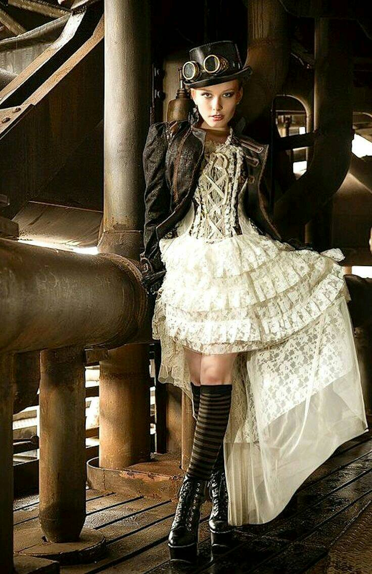 #steamgirl #steampunk #dieselpunk #beautiful