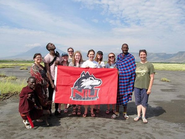 ✈️ Want to explore the world while completing an internship or conducting research? Stop by the 26th Annual Study Abroad Fair on Sept. 26 from 10am-3pm in the Duke Ellington Ballroom to learn about the hundreds of programs available to students! niu.edu/study-abroad