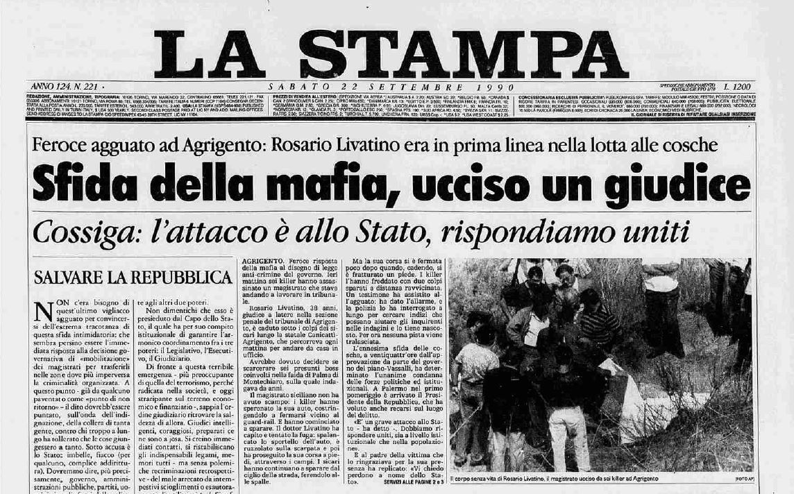 La mattina del #21settembre 1990 la #mafia uccide #RosarioLivatino, giovane #magistrato. Qualche giorno dopo, in Aula, il #PresidentedelSenato #Spadolini gli rende omaggio e legge la lettera del #PresidentedellaRepubblica #Cossiga sull\