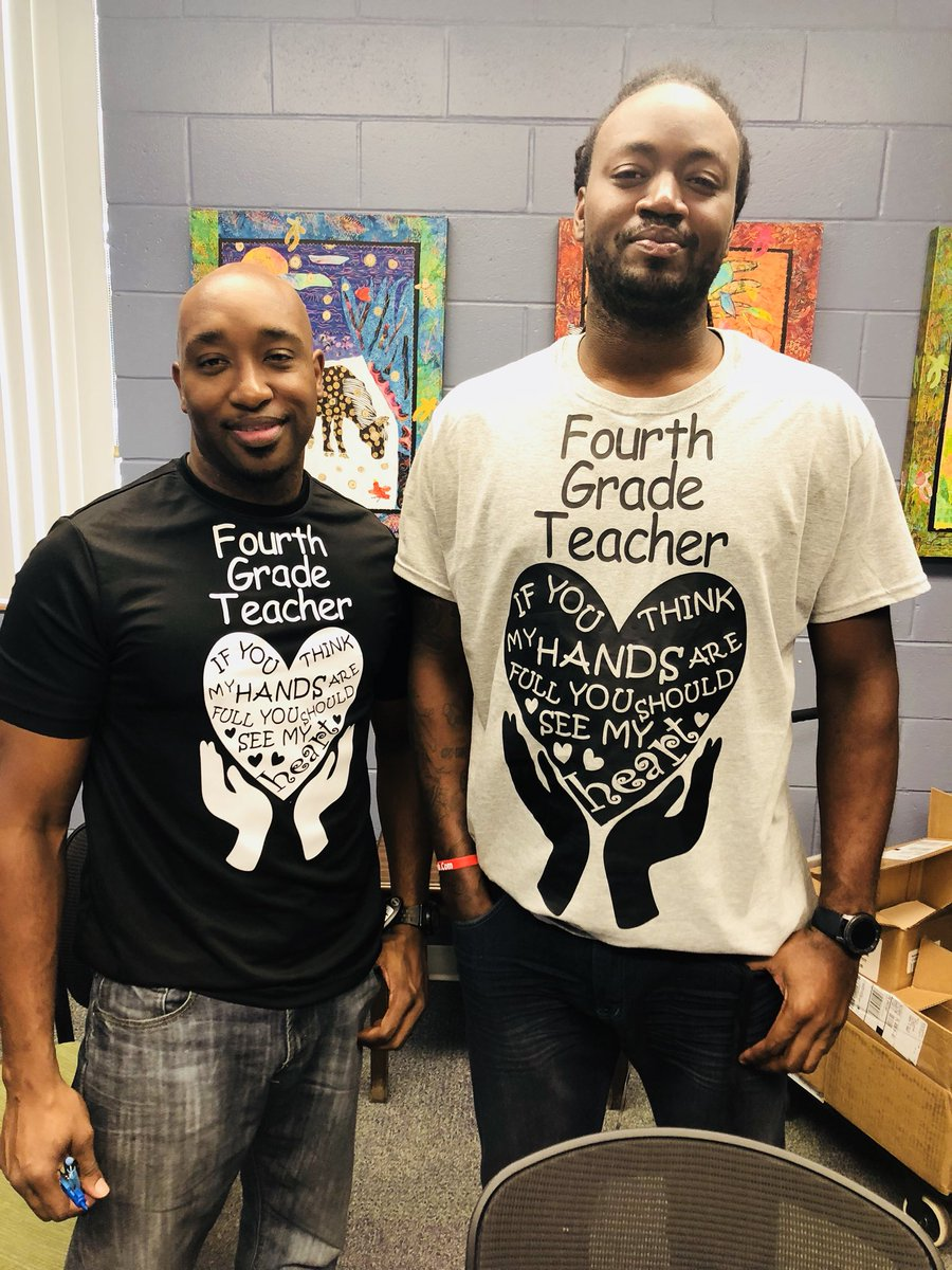 """No man can be a good teacher unless he has feelings of warm affection toward his pupils and a genuine desire to impart to them what he believes to be of value."" 👏🏼❤️👏🏼❤️#IfThisDoesntMeltYourHeartYouMayNotHaveOne @SSK8Tampa @CCopeland01"