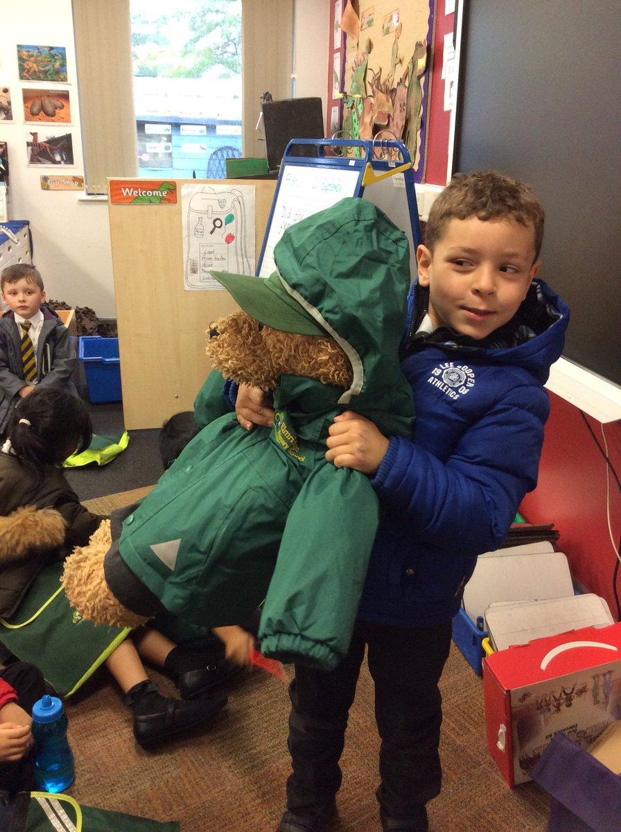 What a treat for Be There Bear @ElmridgeSchY1 the class with this week's highest attendance #WeLoveSchool
