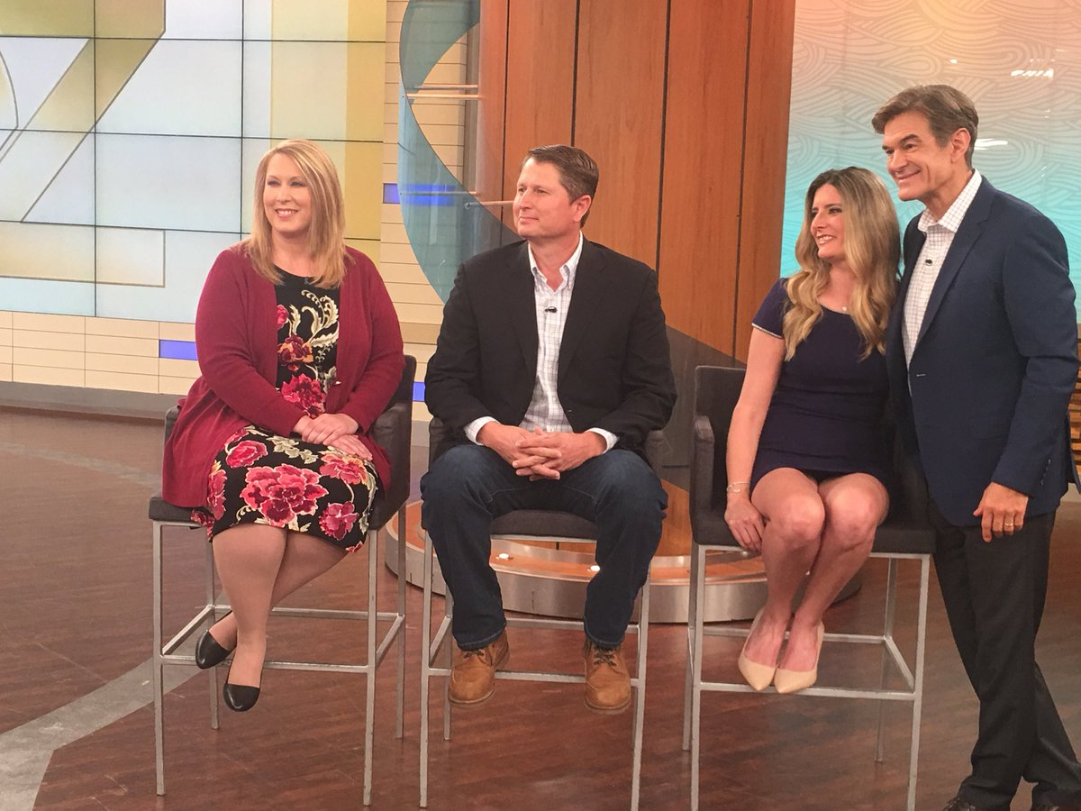 Watch the @DrOz Show this coming Monday as he covers the safety &amp; healthiness of #leafygreens. The second half of the show has experts in ensuring safe &amp; healthy food for us all: @LGMAnews's Scott Horsfall, @DoleTweets's Natalie Dyenson &amp; Nutrition expert @tobyamidor.<br>http://pic.twitter.com/bnSDTY2iti
