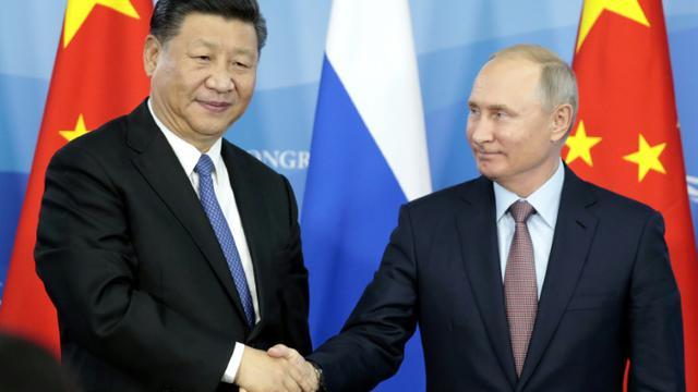 Moscou et Pékin dénoncent de concert les nouvelles sanctions américaines bit.ly/2PSTTMc