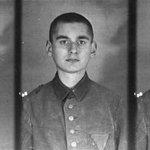 21/22 September 1940 | 2nd transport from #Warsaw arrived at the German #Auschwitz camp with 1705 people, including: Władysław Bartoszewski (4427), Stanisław Dubois (3904), Konstanty Jagiełło (4507) oraz Witold Pilecki (4859).