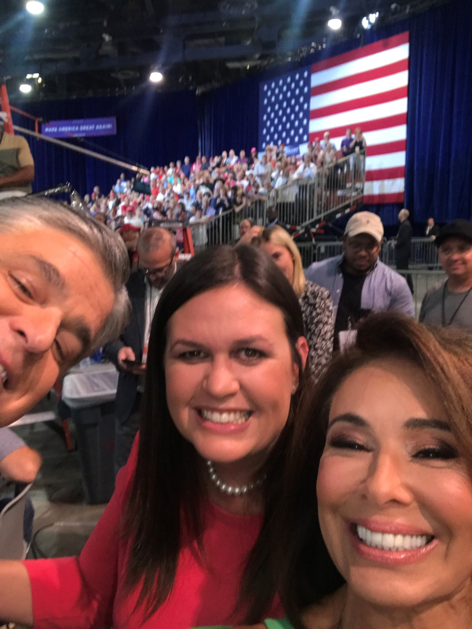 Selfie with @seanhannity & @PressSec at the @realDonaldTrump Las Vegas rally! https://t.co/Ic4AWFuNS3