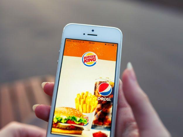 Burger King leva serviço de entrega para Uber Eats e Glovo  https://t.co/3PopGjjod7