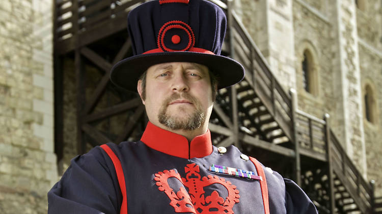 Things you only know if you're the Tower of London's Ravenmaster. https://t.co/Cc4Uyf4De6