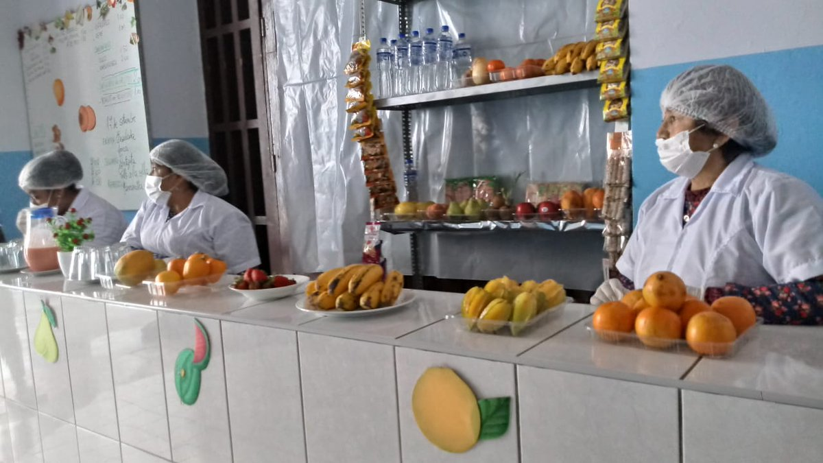 test Twitter Media - Students in Lima, Peru are getting healthier foods at their school kiosks – including more fruits and water, thanks to @Bloombergdotorg Partnership for Healthy Cities #cities4health #ciudadessaludables https://t.co/qTqxKnzyi3