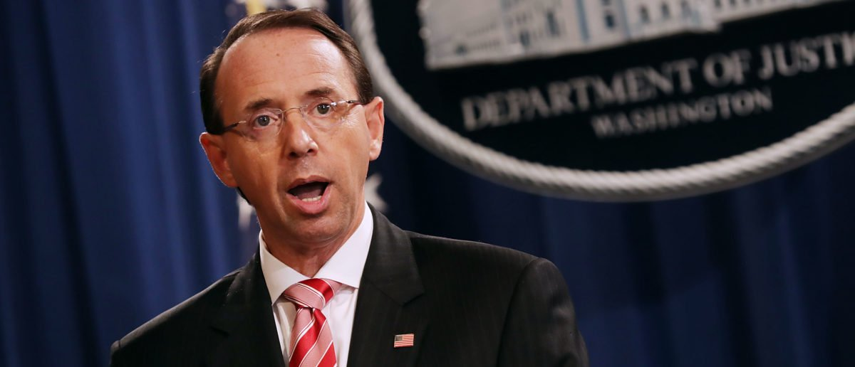 Report: Rosenstein Discussed Wearing A Wire In Meetings With Trump https://t.co/hcB8xbiPFH https://t.co/85TNKaMbBr