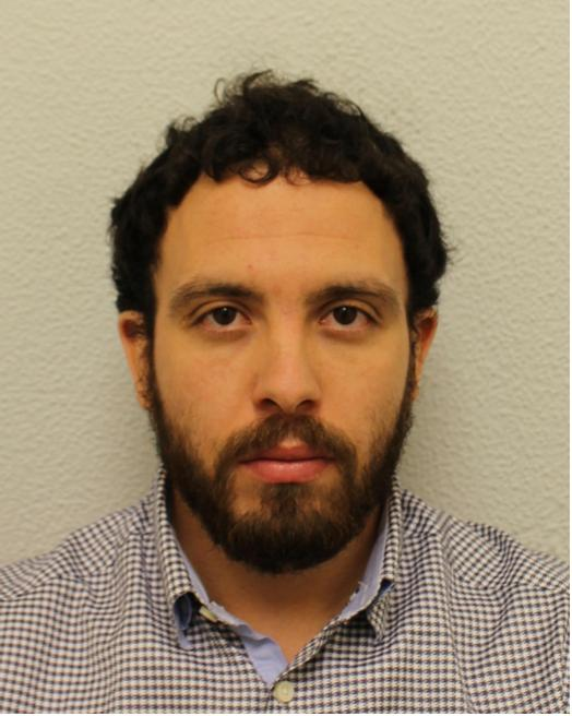Man who pretended to be victim of #Grenfell fire pleads guilty to fraud  https://t.co/vF4om3Ehms