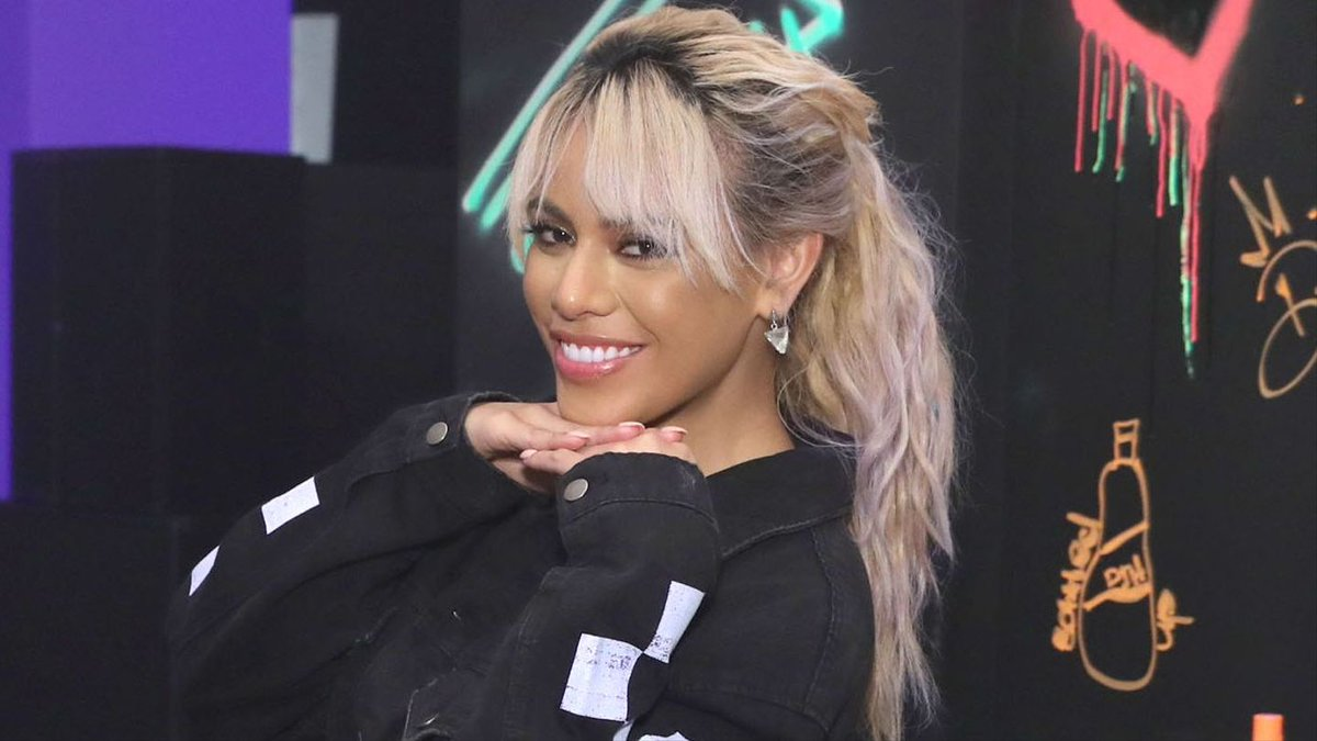 Dinah Jane's Debut Solo Single Has Not One, But Two Fifth Harmony Shout-Outs https://t.co/79W0gYlGBH