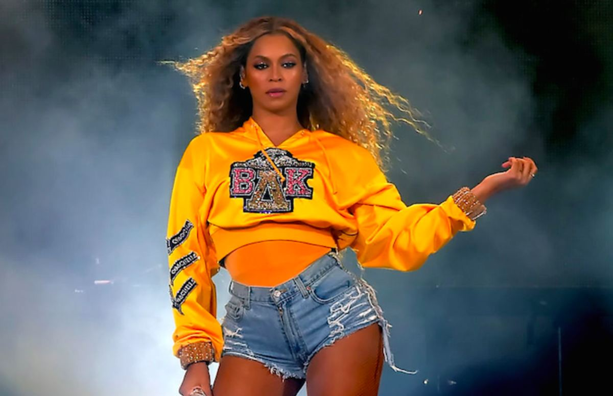 Beyoncé accused of 'extreme witchcraft' harassment by former drummer. https://t.co/Vj3QujWRSA