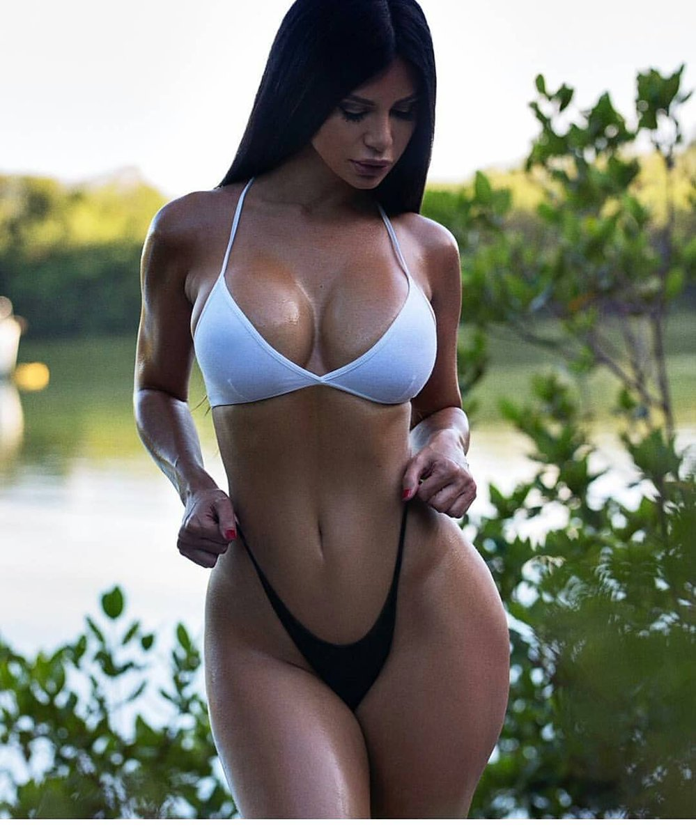 Gorgeous latina with perfect tits