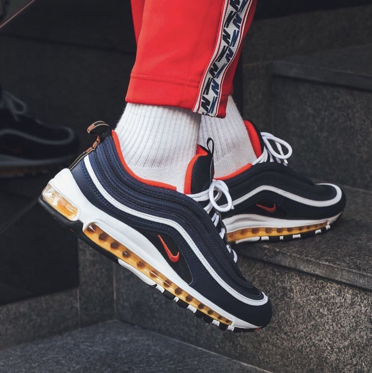 air max 97 on feet with shorts