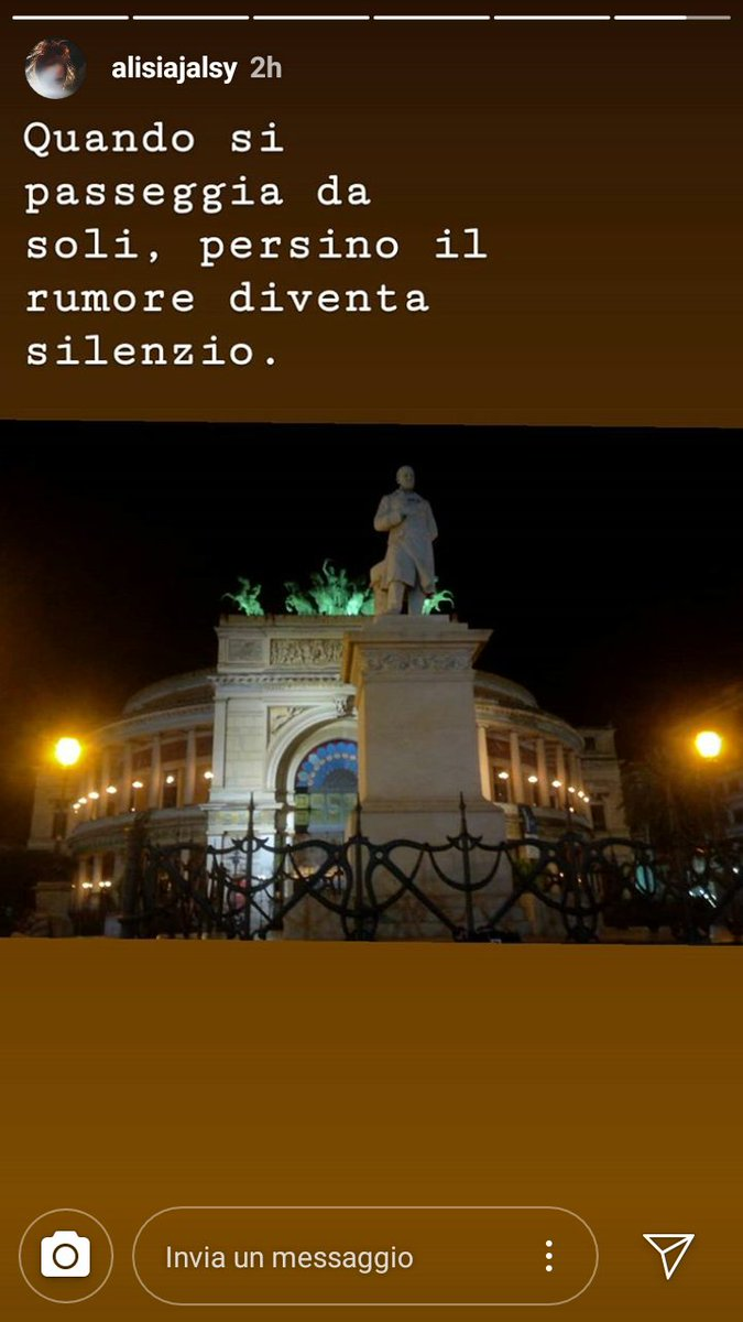 Ciao gente.#PoesiaPerLaSera  #singersongwriter  #Passion #Palermo #PalermoCapitaleCultura  - Ukustom
