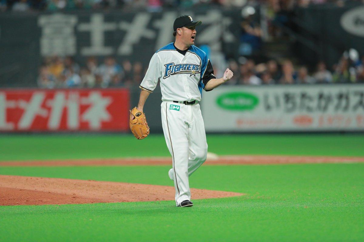 石井裕也投手が本日9/22(土)、今季限りでの引退を表明いたしました。  #lovefighters #いちばん青い空にしよう