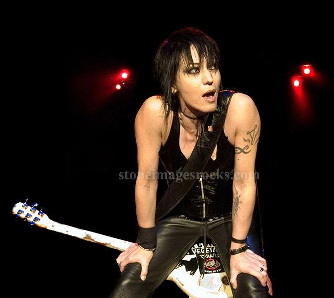 Happy birthday to the vivacious Joan Jett.always a pleasure to photograph x