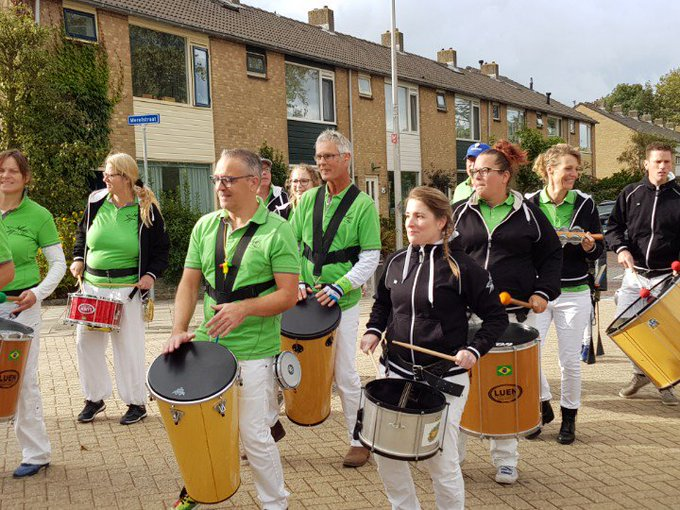 Westland Honselersdijk Burendag begint muzikaal. https://t.co/VckTG7SkDv