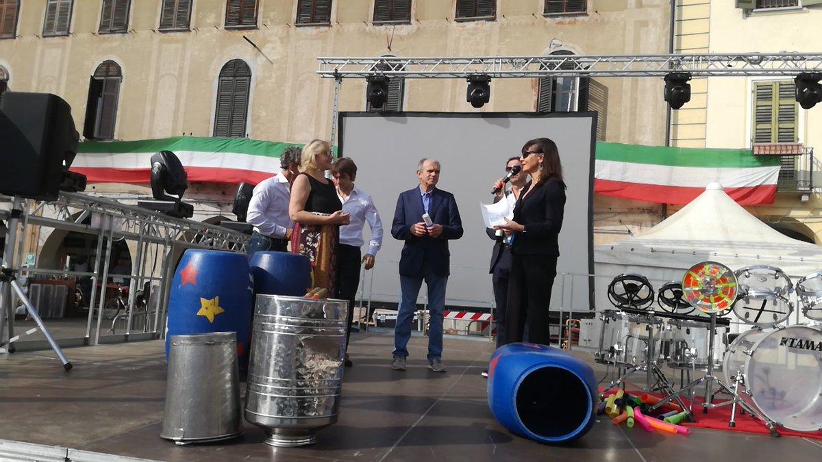 La vicepresidente @angelamotta14  con delega agli #statigeneralisportebenessere investe del titolo di #ambasciatori gli amministratori locali di #Vercelli e #Biella  - Ukustom