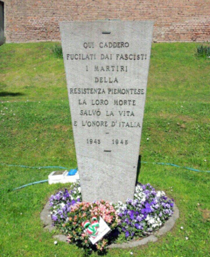 #22settembre 1944I fascisti torturano e impiccano, al Poligono di tiro del Martinetto a #Torino, l\