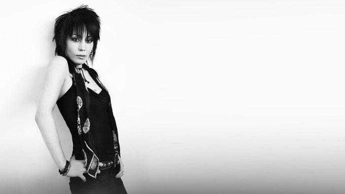 Happy birthday to the legendary Joan Jett.