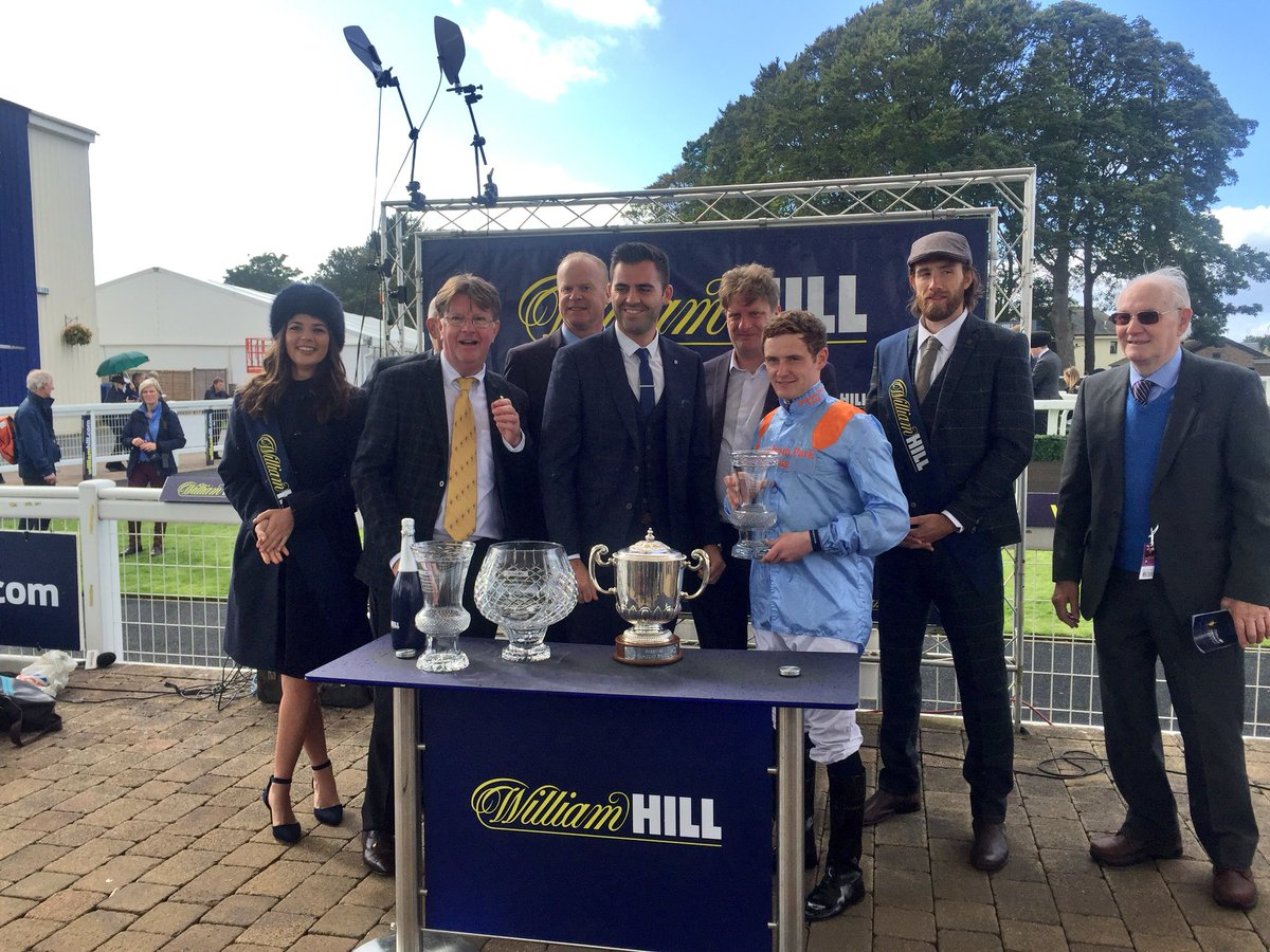 Well done to @MprUpdates brilliant win for Waarif @ayrracecourse .... 4 wins this year for the Waarif and @conormcgovern16 partnership!