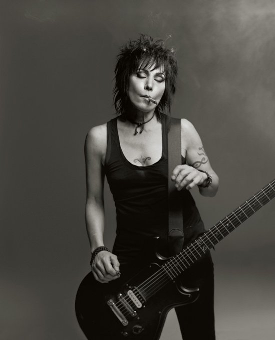 Happy 60th birthday to the awesome Joan Jett!