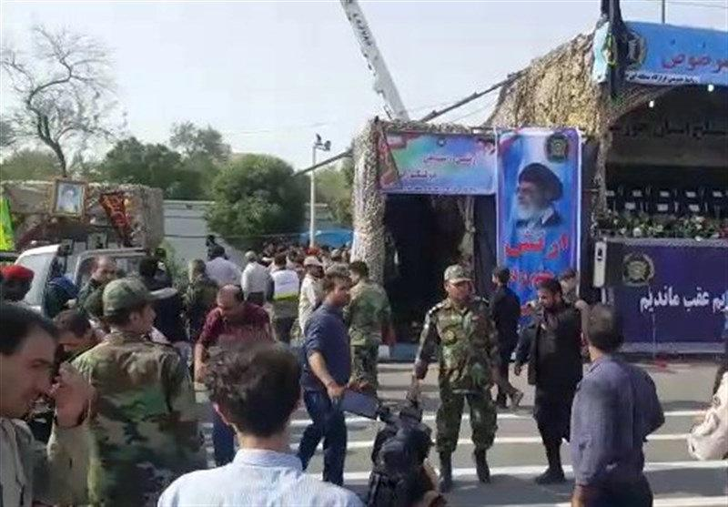 Gunmen kill 12 Revolutionary Guards in attack on Iran military parade: ISNA https://t.co/Pn950jG7IG https://t.co/DR0C1z4qQB