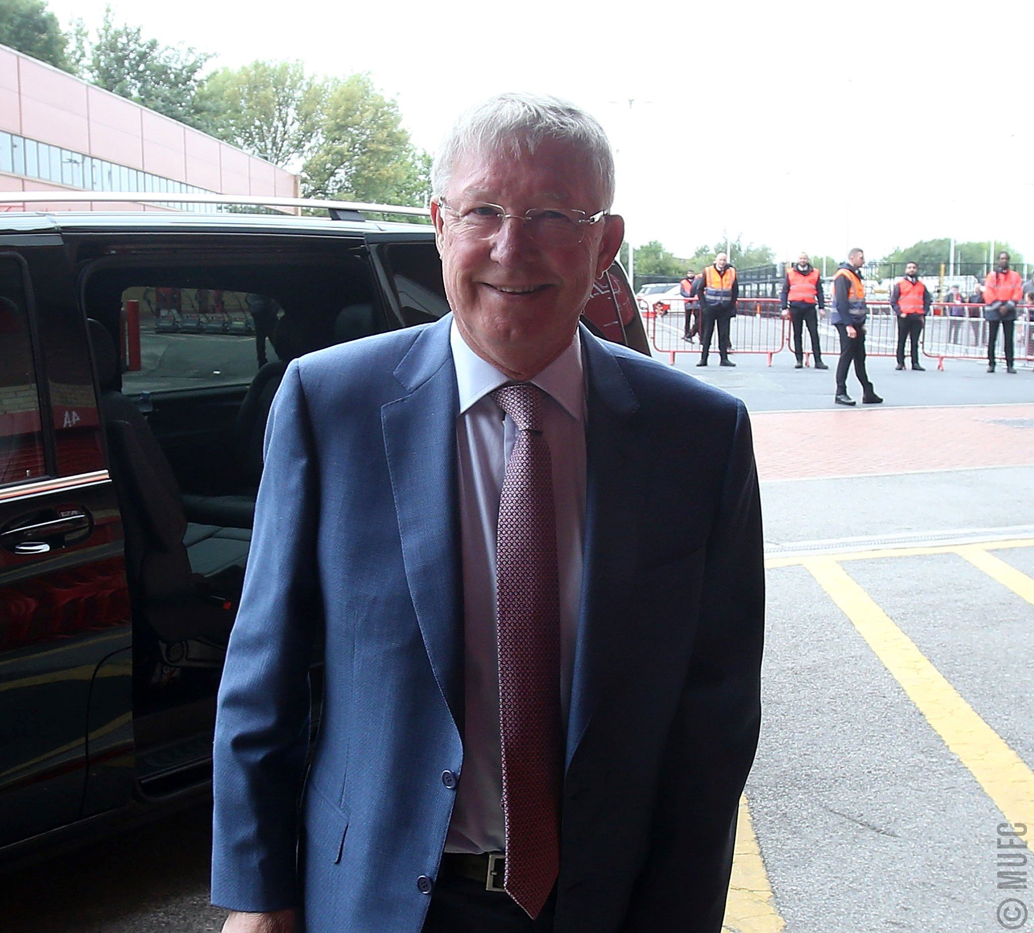 Welcome back to Old Trafford, Sir Alex. #MUFC https://t.co/RpDnitdrJZ
