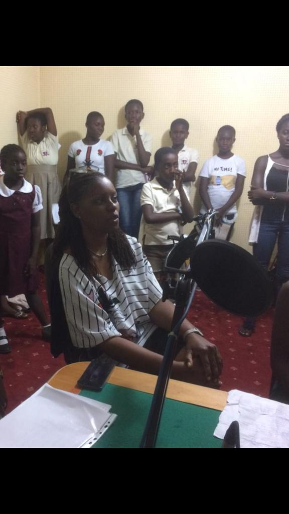 Madam Carol Williams, Regional Director @worldreaders in her submission on @cmghana #UniiqCuriousMinds, urges children to visit the library often as there is a direct correlation between the success of a nation and the number of literates in the country. @ibnbinta @londonna99<br>http://pic.twitter.com/MfnWs2xWqp