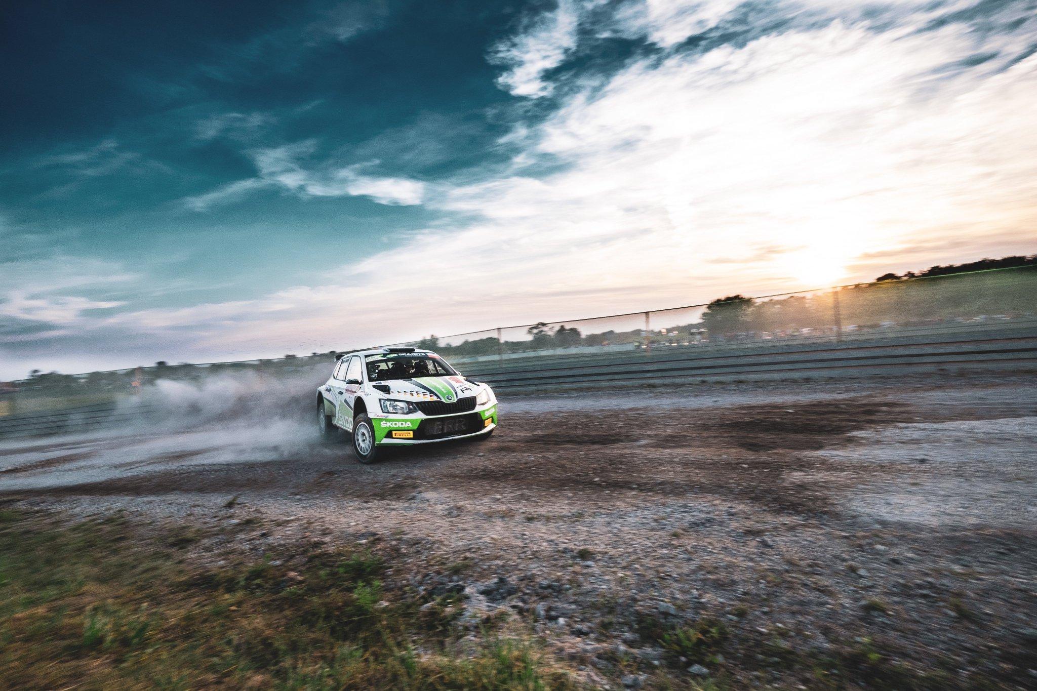 Rally Polonia 2018 ERC - Página 2 Dnsh02pXcAAPySg