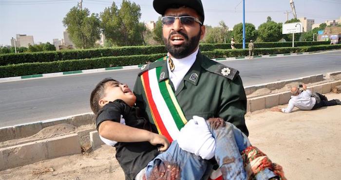 Atentado contra un desfile militar en Irán deja 24 muertos y más de 50 heridos https://t.co/RjauIicGDV