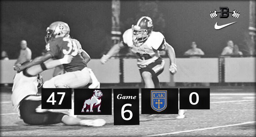 Great win last night to move to 5-1 on the season! Next Game this Friday at Dobyns-Bennett. <br>http://pic.twitter.com/s77nULfSCL