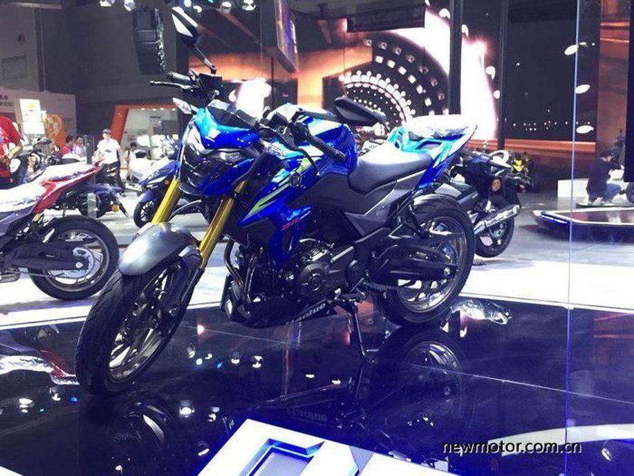 Penampakan Sport 300cc Terbaru Suzuki, Sudah Pakai Up Side Down https://t.co/72Jc0rfn1p via @detikoto https://t.co/g3ZRkvbP7r
