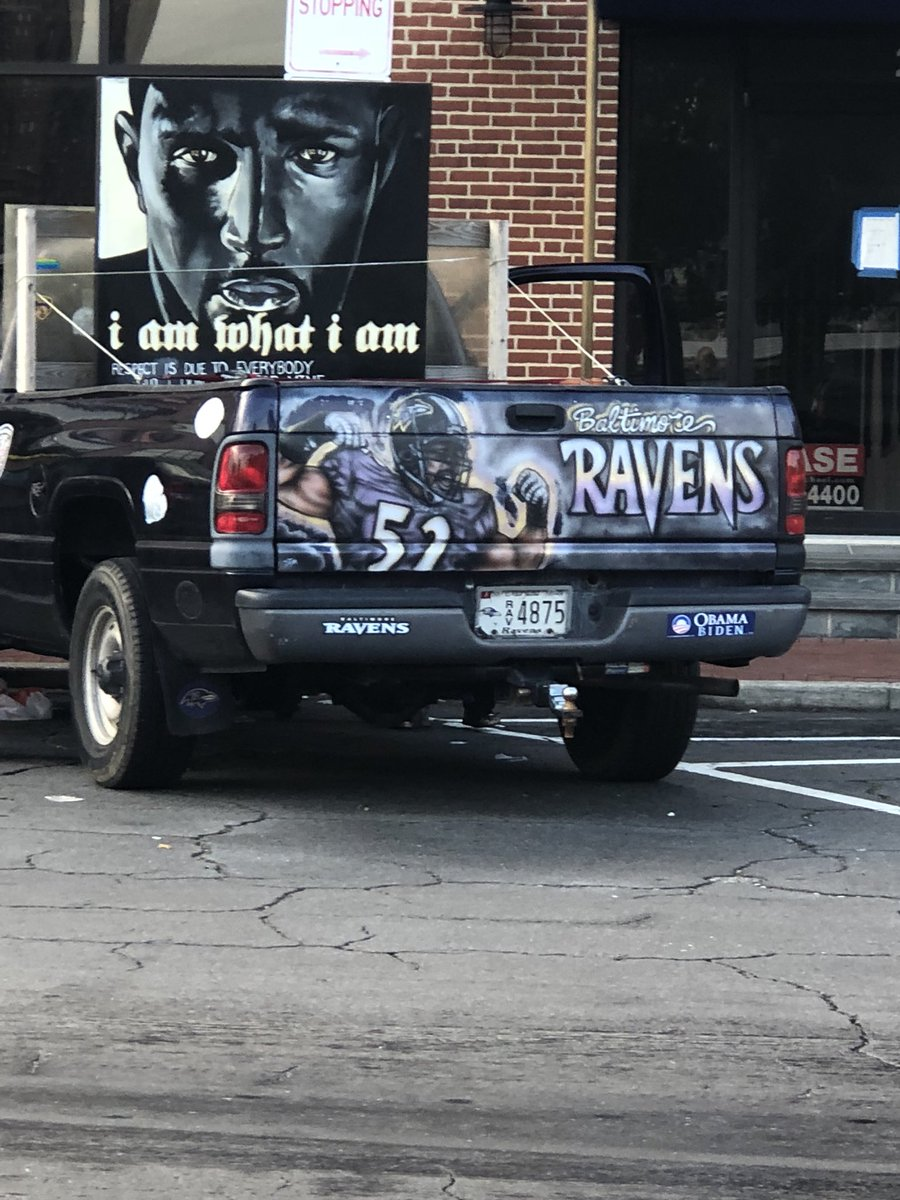 Ready to roll! @raylewis @Ravens fans ready for parade on key highway at light. Starts at 10 AM.  #HallOfFame<br>http://pic.twitter.com/ULQZd36hmB