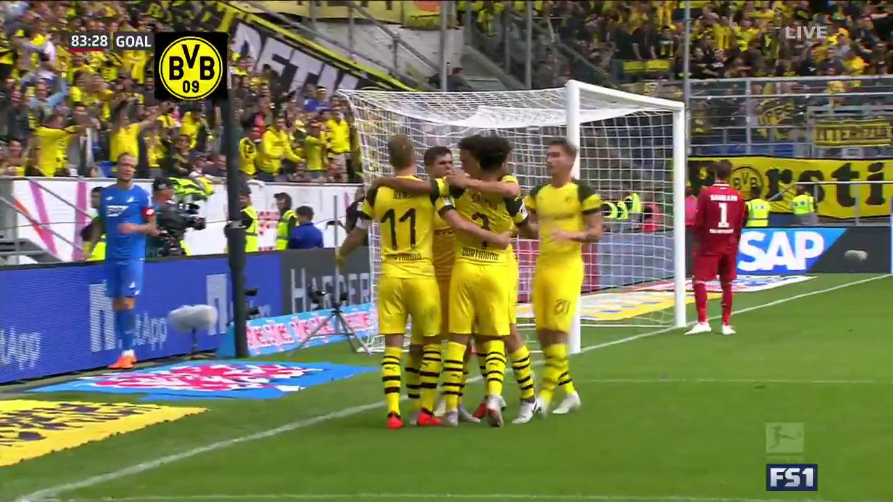 PULISIC!  The newly 20-year-old's second goal in 5 days ties it up for Dortmund! https://t.co/kjC3dHxxaT