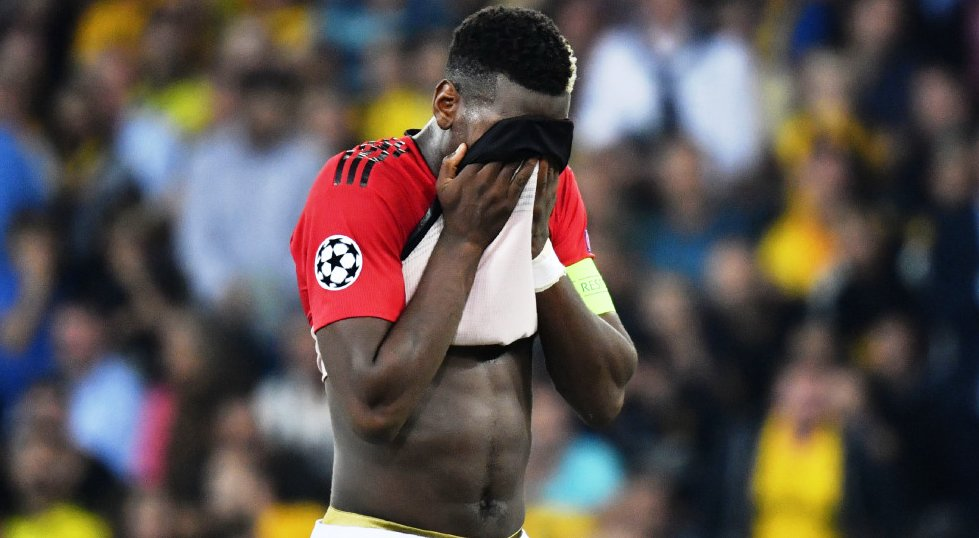 Paul Pogba vs Rúben Neves at Old Trafford: Pass success rate: 83%-85% Tackles made: 0-1 Interceptions: 0-3 Blocks: 0-2 Lost possession: 5-1 #WWFC