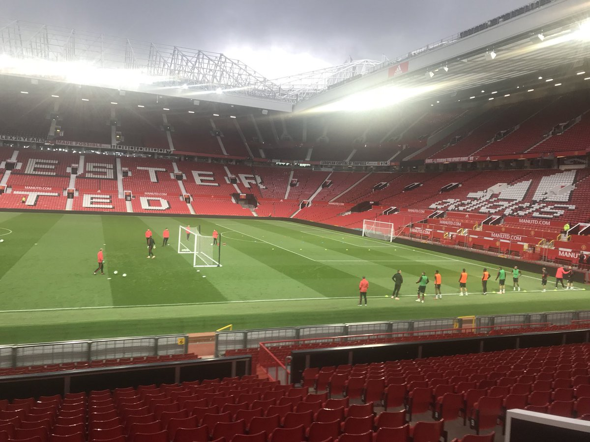 Herrera, McTominay, Young, Dalot, Jones, Pereira, Matic, Romero and Grant out training after the game.