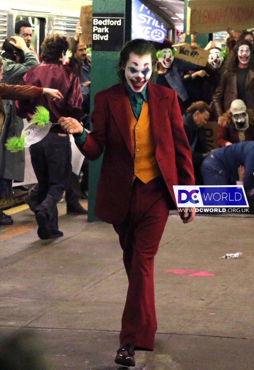 [Lo que se viene] Joker  Dnu1qbUXoAMYMDK