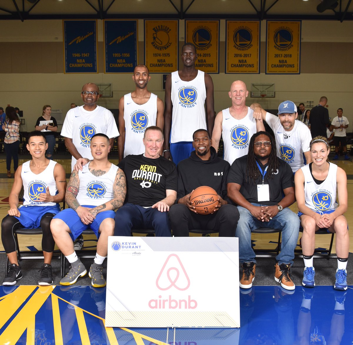 Team @Airbnb is locked in today at my Basketball Fantasy Experience presented by @AlaskaAir