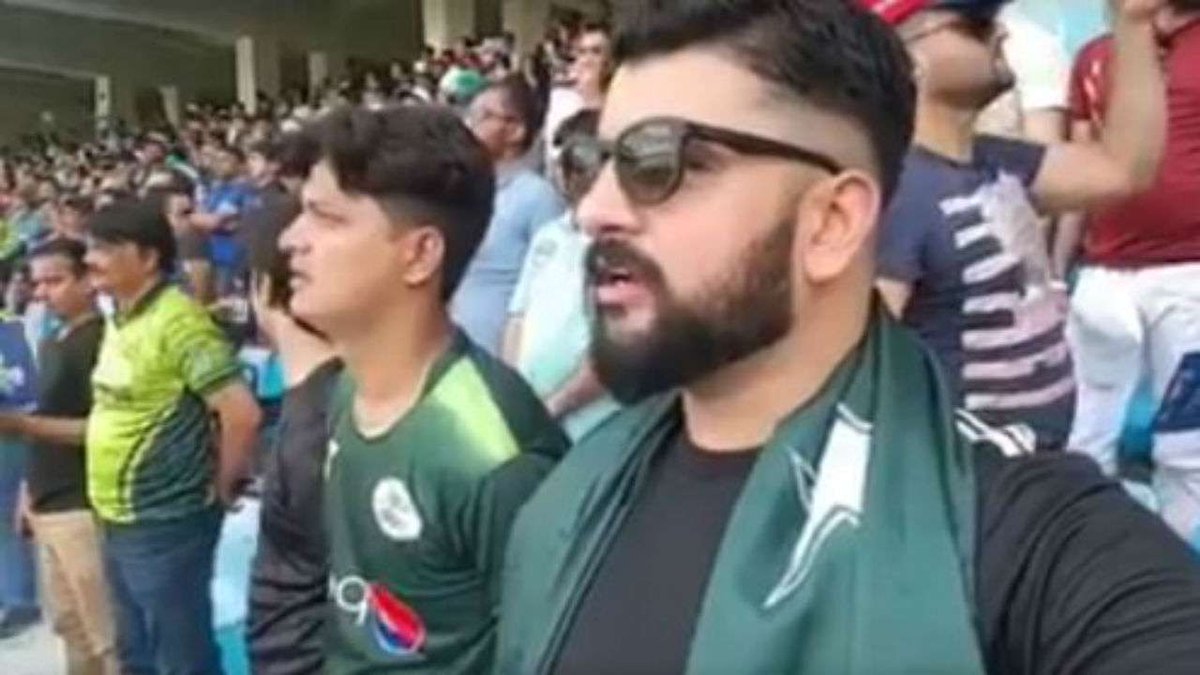 Asia Cup 2018: Pakistan fan who sang 'Jana Gana Mana' during match to carry Indian Flag on Sunday  https://t.co/ZaCisHLxpK