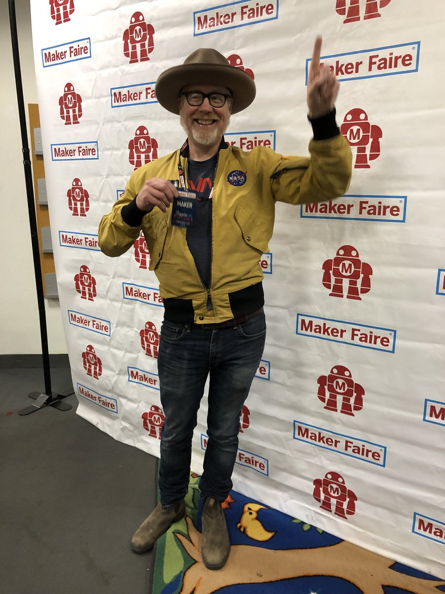 Are you at @makerfaire NYC right now? Don't miss @donttrythis and his #MythBustersJr co-hosts' panel at 3 pm in zone 4, fittingly on the 'Coke and Mentos' stage. #WMFNY18