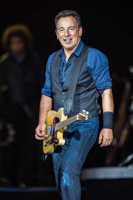 Happy Birthday Bruce Springsteen, he\s 69 today! What\s your favourite track of his?