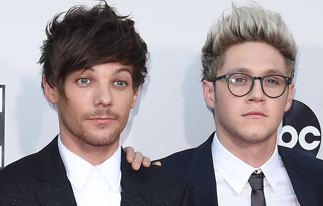 #XFactor 's Louis Tomlinson sends #OneDirection fans in a spin over impression https://t.co/Er1dbzLzbG