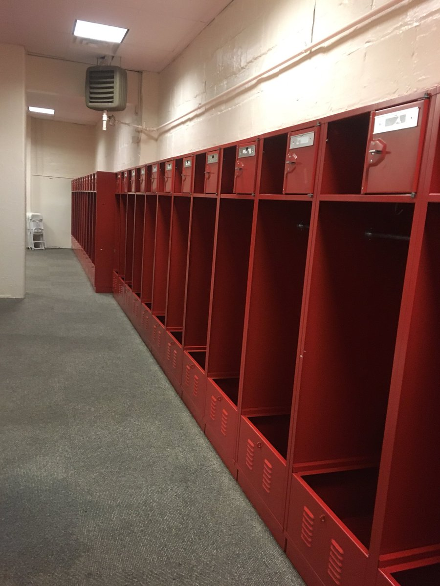 Look At What Army's Football Team Did To Oklahoma's Locker Room