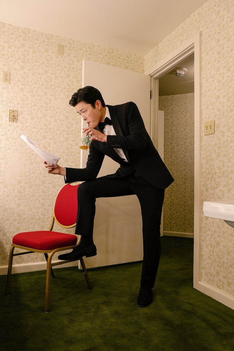Hosted the 2018 U.S. Olympic and Paralympic Assembly Awards Dinner last night with @MaiaShibutani!   *This is a not-so-candid photo of me going over our script in my dressing room while sipping iced tea.<br>http://pic.twitter.com/nbYnaDH6gs