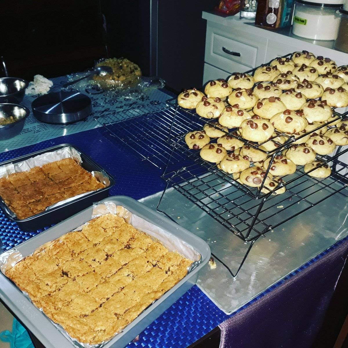 My Moms Cookie Empire #Yummy #Tasty https://t.co/aaT1js6snY